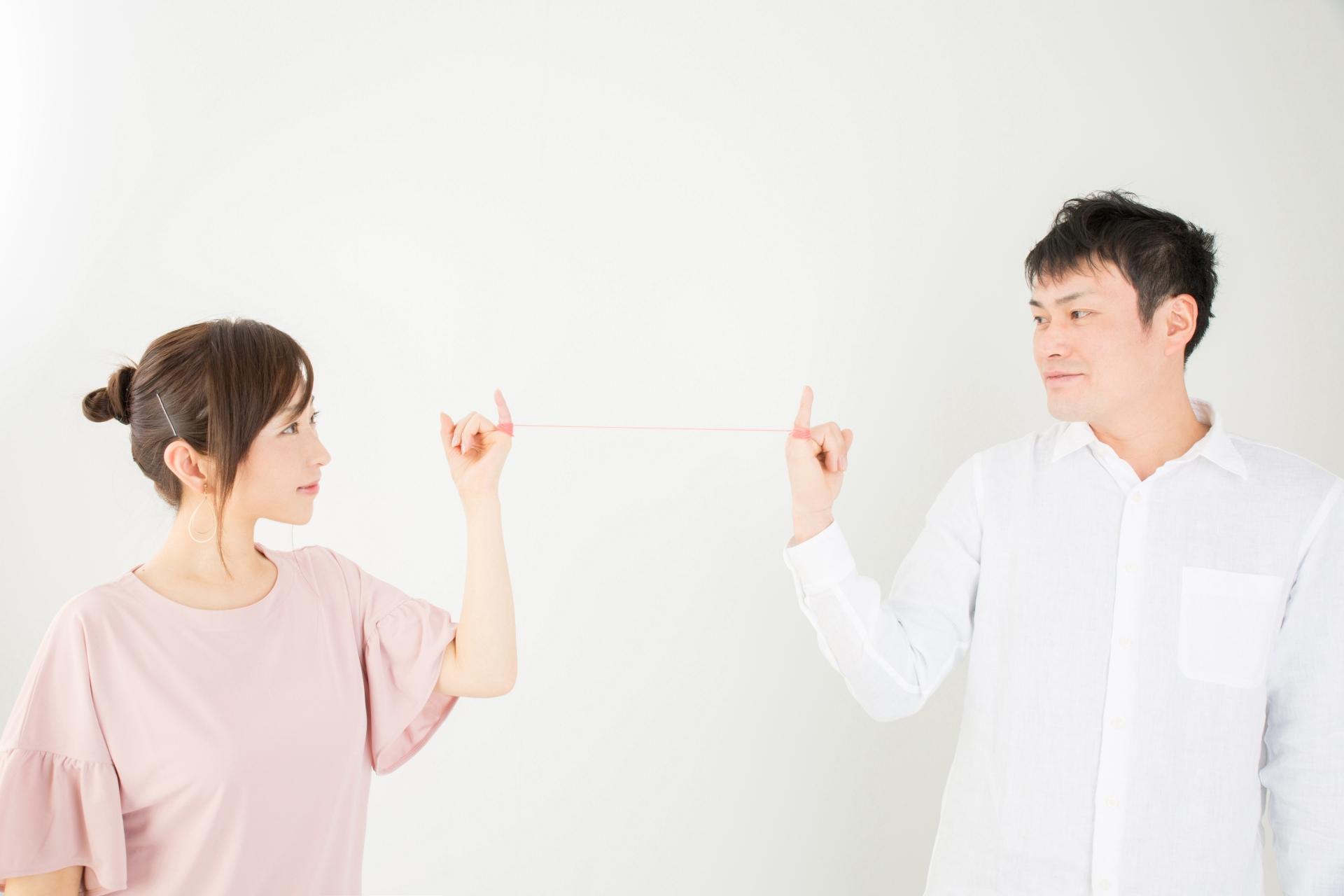 婚活サイトと結婚相談所って何が違うの?それぞれの特徴を比較