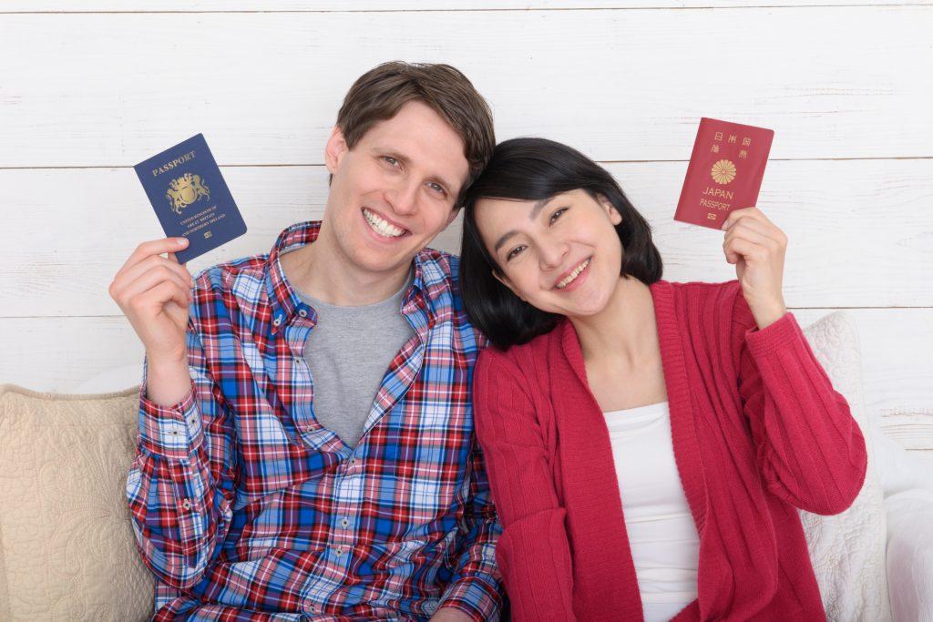 外国人にも出会える機会が最も多くて、相手の人数が多い場所と言えば海外留学をするのがオススメです。