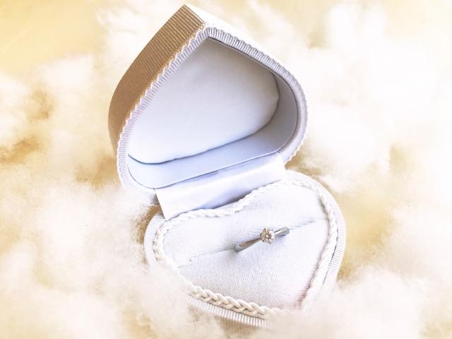タンスの肥やしにならない「婚約指輪」の選び方