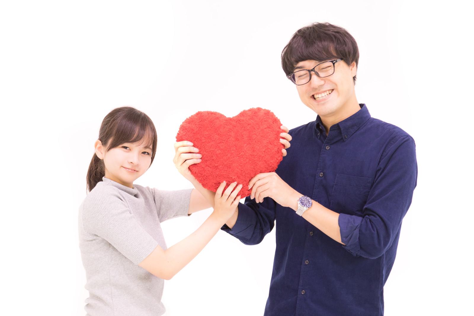 40代男性が20代女性と結婚できる!年の差婚体験談とアピール方法